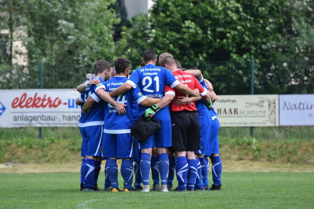 Teamkreis Herrenmannschaft Fußball